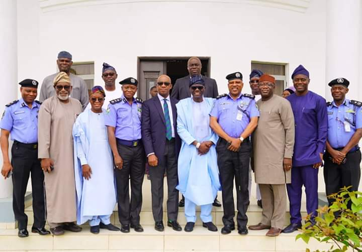 *The real Afenifere meets @MBuhari in Abuja.   *Southwest Governors meet in Ibadan over security.  Strategic...... Isn't it?  Southwest Nigeria is getting it  #ProudlySouthWesterner #RegionalIntegration  #Productivity #Prosperity  #Peace<br>http://pic.twitter.com/KloCFzPDM4