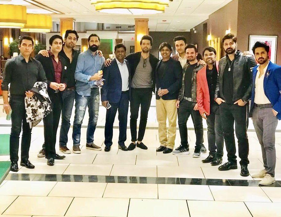 #chicago #usa #meetandgreet  @saeedhumayun @mustafafahad26 @saudqasmi @nawabalam @kamranjeelani @faiqkhann @mukhtarahmedsyed @farhan_ally_agha @nomanhabibactor #nomanhabib @asimmehmoodofficial @salman.saeed.1 @mohsin.talat #pakistani #showbiz #cricketmatch #celebrities