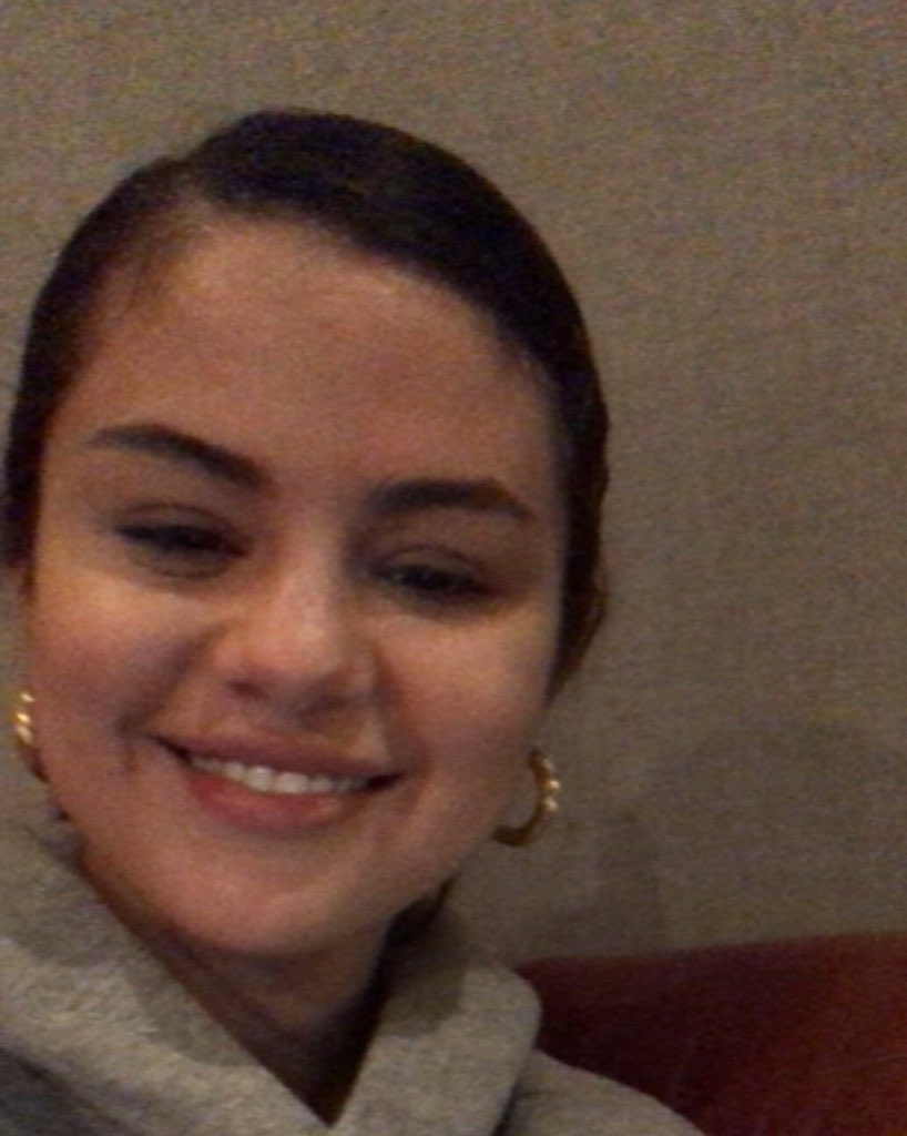 Annie, the fan Selena facetimed with recently, via Instagram : <br>http://pic.twitter.com/zHv0s4XKDx