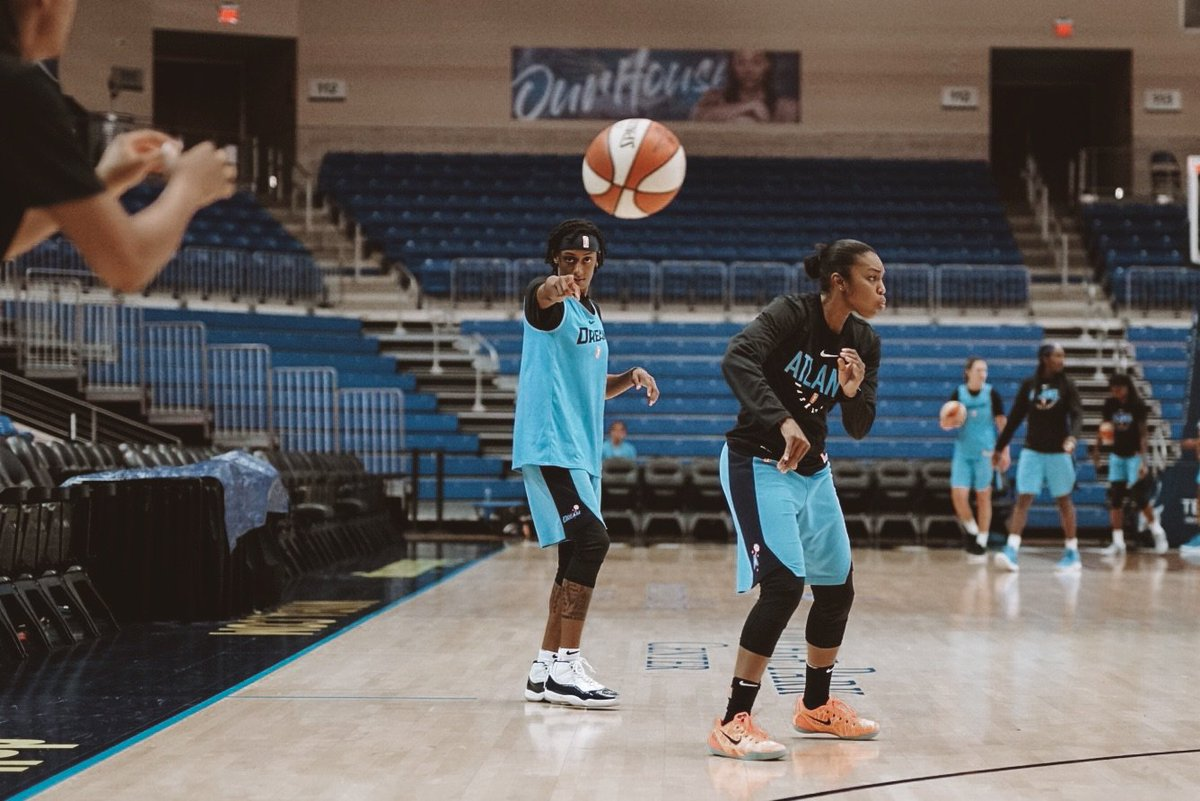 We want to see YOU at State Farm Arena on Sunday!   We're giving away a pair of tickets to our Pride game against @nyliberty this Sunday at 3:00pm!  To enter, RT this tweet between now and Thursday at 2:30pm.   Good luck and see you on Sunday!   #DreamOn