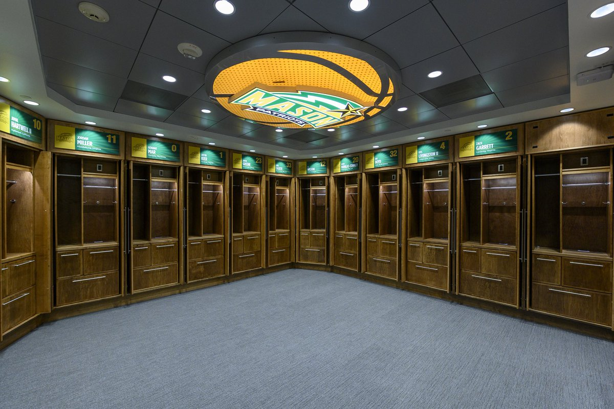 🔰 State-of-the-Art Lockers 🔰 Comprehensive Film Room 🔰 Players' Lounge  Our new locker room is one of the nation's best! 💯🏀  Read more/photos: https://bit.ly/2ZJxvtG