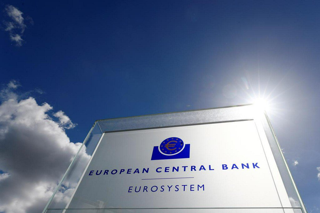 ECB gives cautious green light to League's bill on Bank of Italy gold reserves http://www.reuters.com/article/us-italy-cenbank-ecb-idUSKCN1TQ2JR?utm_campaign=trueAnthem%3A+Trending+Content&utm_content=5d1294cab35fc8000145df68&utm_medium=trueAnthem&utm_source=twitter…