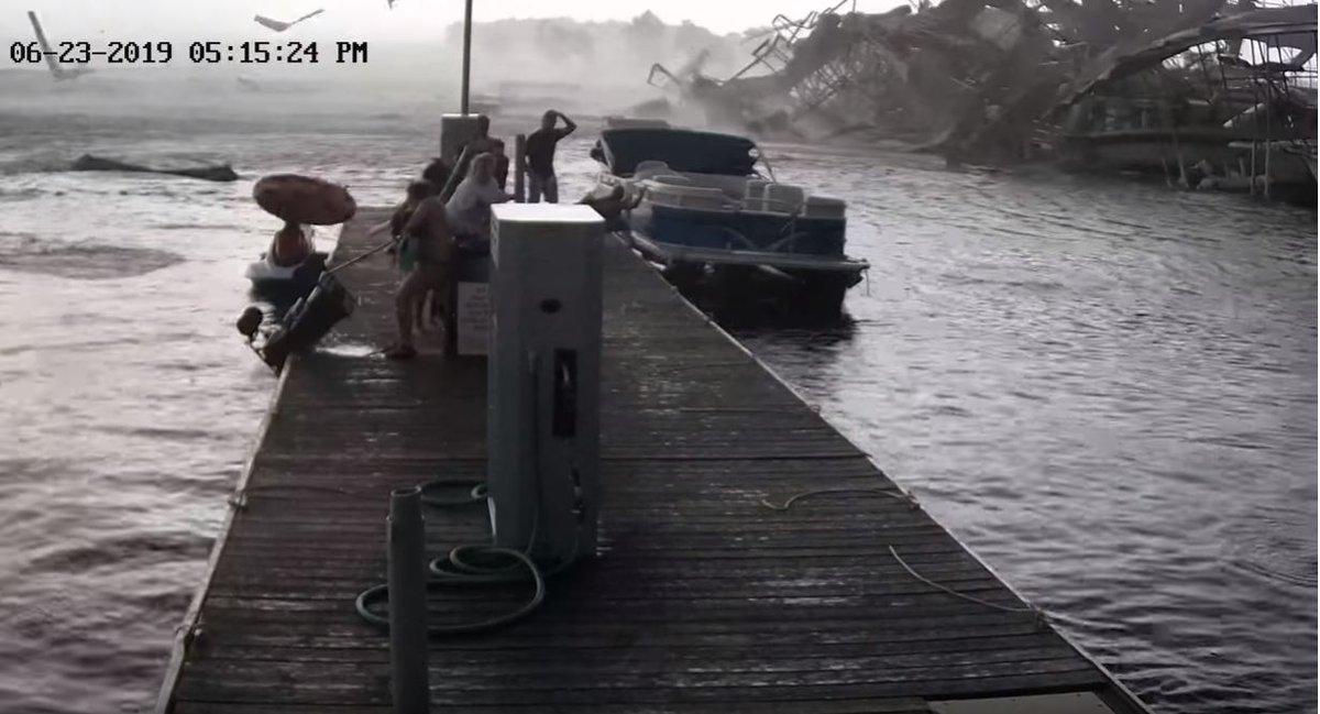 Must-See video: Watch a tornado tear apart a Kentucky marina! Youre gonna say WHOA! wsmv.com/news/must-see-… #SevereWeather #KYwx #TNwx #KYNews #Kentucky #Stormdamage #marina #KentuckyLake #mustsee #caughtoncamera #viral #video #viralvideo #wow #amazing #weather