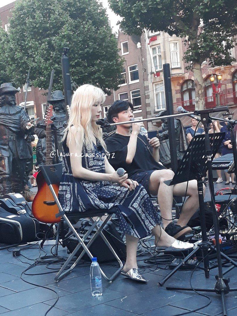 [PHOTO] 190625 Taeyeon @ Rembrandt Square in Amsterdam D98gzVxWwAU-1RF