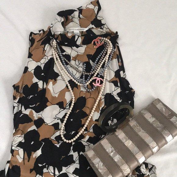 So good I had to share! Check out all the items I'm loving on @Poshmarkapp #poshmark #fashion #style #shopmycloset #dianevonfurstenberg #coach #jcrew: https://posh.mk/7CnvVHZ5OX
