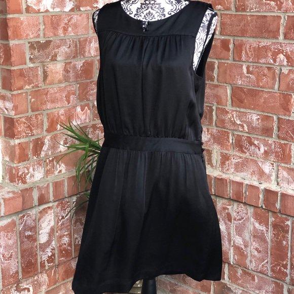 So good I had to share! Check out all the items I'm loving on @Poshmarkapp #poshmark #fashion #style #shopmycloset #theory #missguided #coach: https://posh.mk/50RORA7C4W