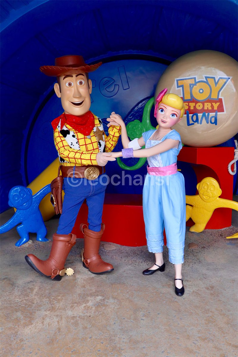 Bo Peep comes to meet everyone for the first time in the Toy Story Land, HKDL~~  <br>http://pic.twitter.com/hxV1FKELqU