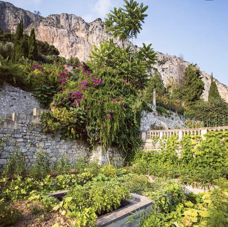 Congratulations to #Mirazur restaurant in #Menton #France   elected the best restaurant in the world  🏆in Singapore at @TheWorlds50Best  My favorite restaurant for the food, the view on #Mediterranean sea. I love especially the #FrenchRiviera garden! https://www.youtube.com/watch?v=YLRn-tB-_lI …