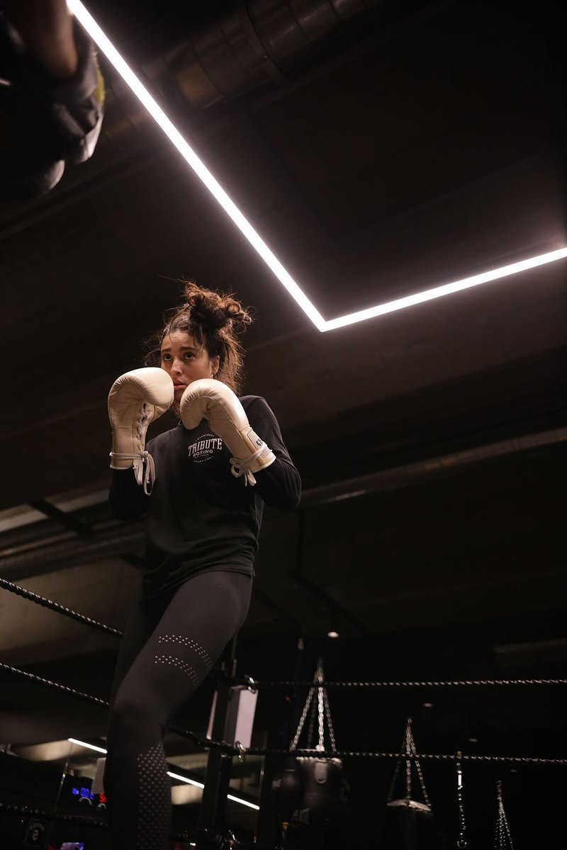 """Do the work, pick your fights and the shots will come"" #BeAShotMaker📷:@montanafarrahseaton"