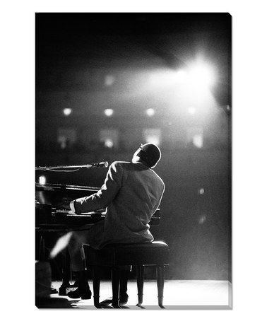 """""""I was born with music inside me.  Like my ribs, my kidneys, my liver, my heart. Like my blood.  It was a necessity for me - like food or water.""""  -  Ray Charles  #FridayFeeling  #FridayThoughts  #music<br>http://pic.twitter.com/flkHB1KQUN"""