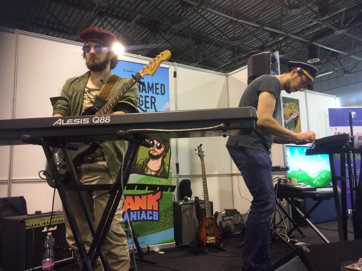 Playing our songs written for #tankmaniacs live  . . #gamemusic #gamedev #GameAudio #videogame #indiedevstudio #indiedevhour #gamedevelopment #indiegamedev #indie #indiepop #indierock #indiemusic #indiegame #indiegamestudio #livemusic #musician #composers #gamersunite #musicpic.twitter.com/chATL3A4id
