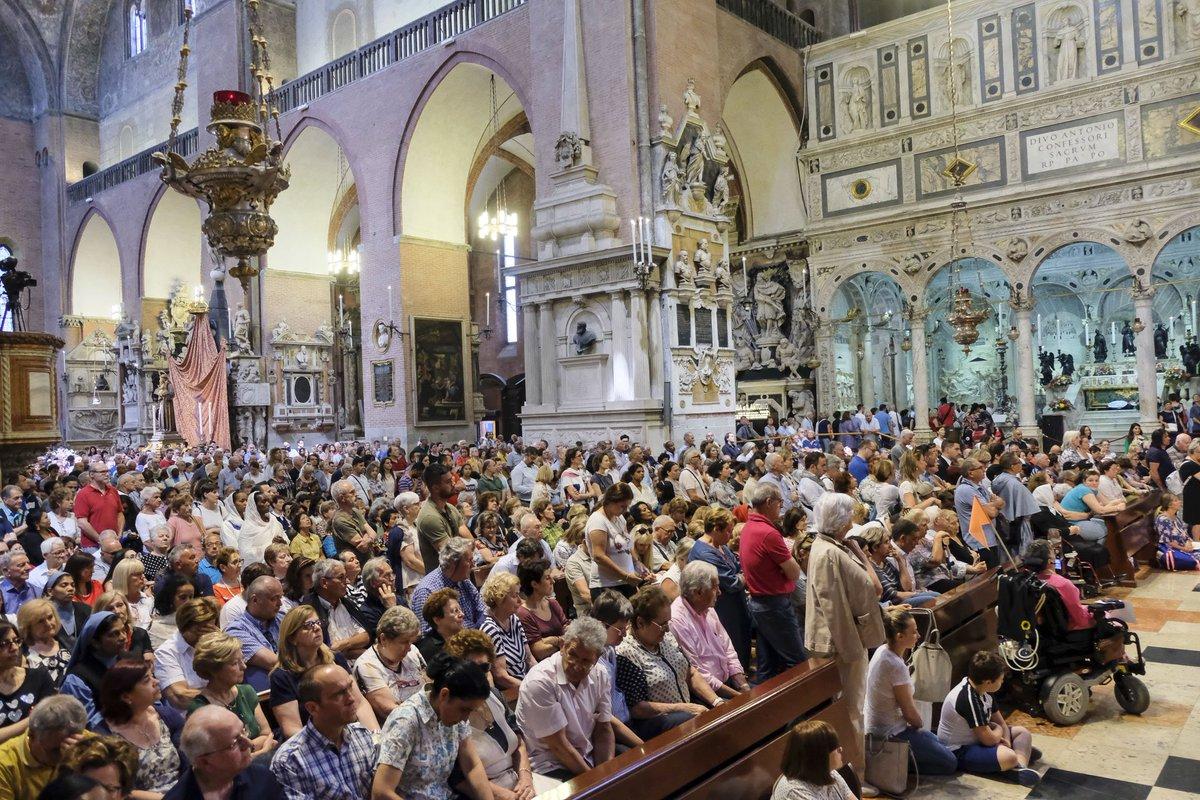 #Padova, la festa di sant'Antonio. Guarda la fot...