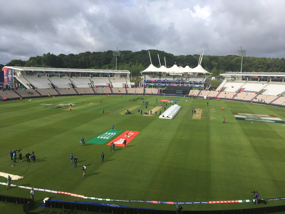 We have sunshine. I repeat we have sunshine. #bbccricket #CWC19