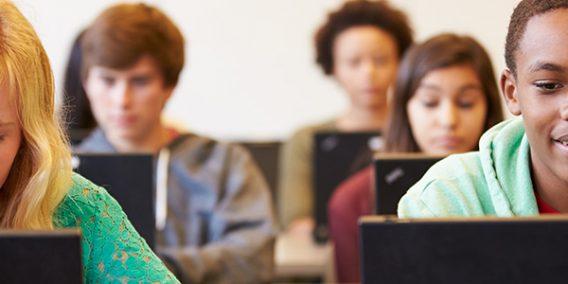 #ActualíceseConEdTech: La aplicación de la #RealidadVirtual parte de la enseñanza para las actuales y futuras generaciones de estudiantes. http://ow.ly/8MUl30oWtdI
