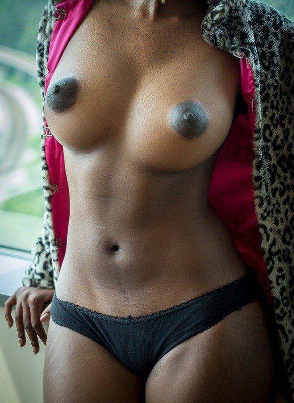 Suckable black nipples picture