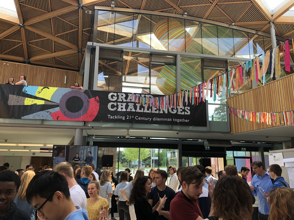 Our 'Grand Challenges' empower students to tackle global dilemmas and teach vital teamwork and problem solving skills. Fantastic change-making happening through these interactive exhibits @uofe_challenges @UniofExeter