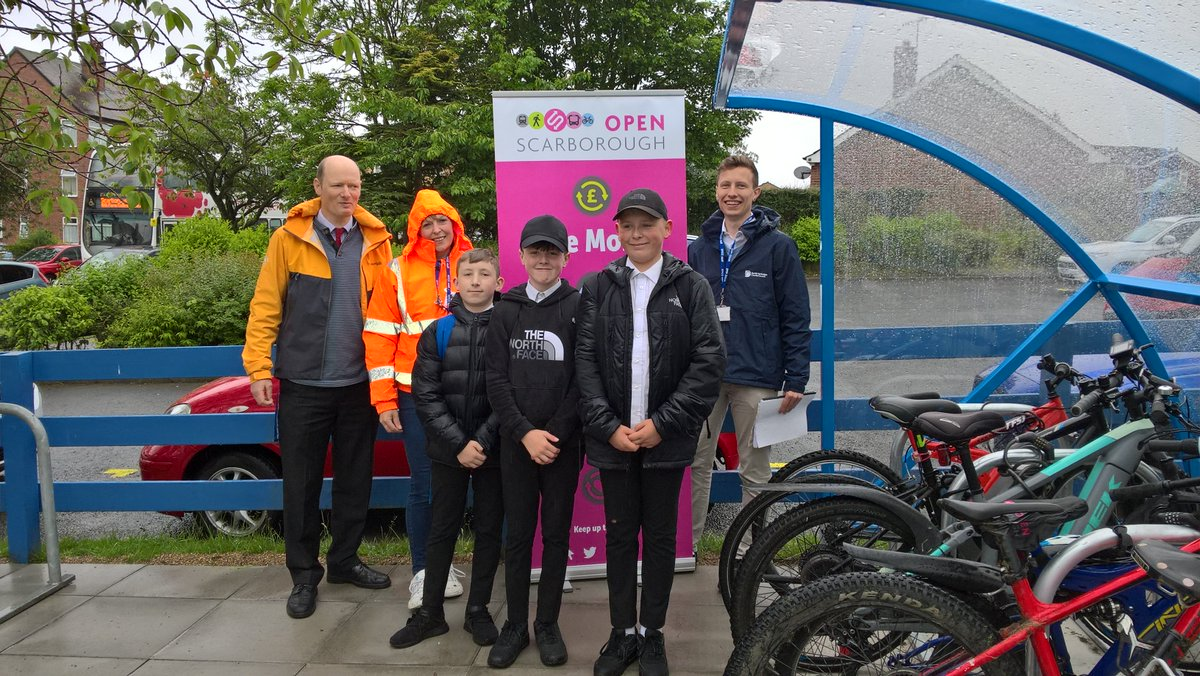St Augustine's Catholic School had its new bike shelter officially opened today by Rob Brown. Thanks to Ben Stokes, NYCC Sustainable Travel Project Officer, for providing students with a FREE cycling goody bag and Chris Goode for encouraging cycling within school. https://t.co/2IJL72IvBb