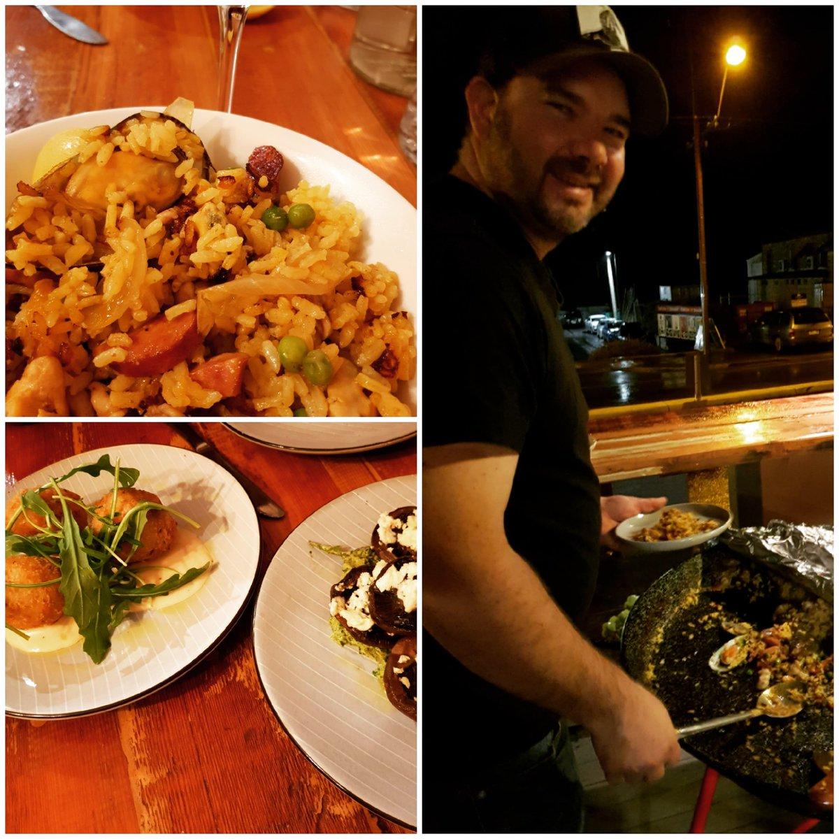 #adelaidehills #hornetsnestcafe #littlehampton #fridaynightpaella  #mountbarker #ilovethehills @LoveSAdelaide @FoodSouthAus  Just good food Friday night's yum