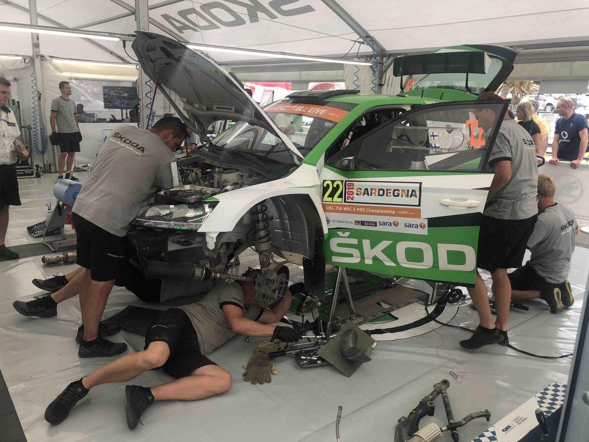 WRC: Rallye d'Italia - Sardegna [13-16 Junio] - Página 3 D9BEO9OX4AE30Us