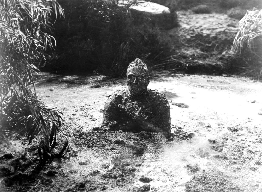 Christopher Lee enjoys a mudbath between takes of THE MUMMY #FlashbackFriday <br>http://pic.twitter.com/kkPH3yrd5u