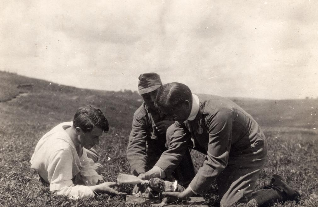 Man's best friend: Three Austro-Hungarian soldiers caring for a small puppy near the front.  #WW1 #WWI #FWW #GreatWar #History #MilitaryHistory #Dogs #Puppies<br>http://pic.twitter.com/XTkTU7VyWP