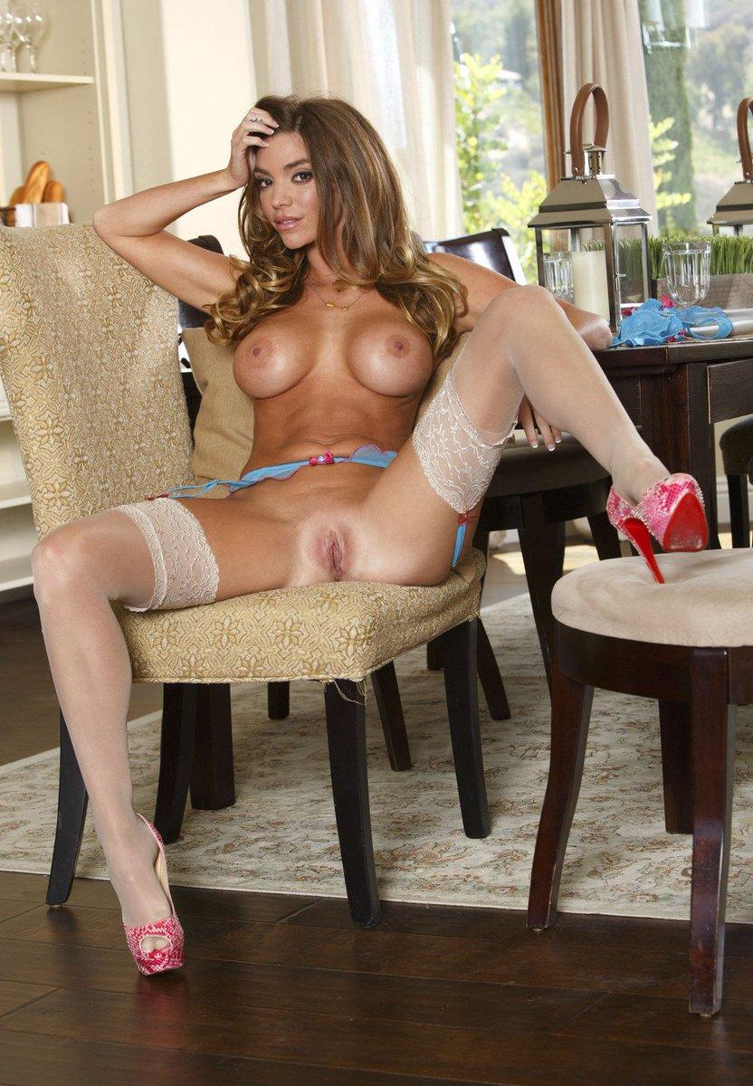 Nikki Skyler Nude