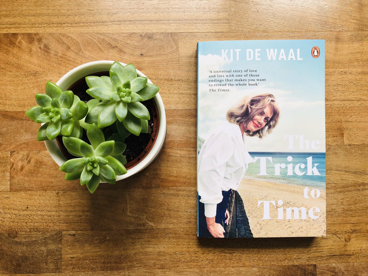 Wow! Thank you @PenguinUKBooks for #gifting me #thetricktotime by @KitdeWaal!! Out in paperback on 4 July. Heard such great things about this one!  #books #bookpost #bookstagram <br>http://pic.twitter.com/CFFLING2JB
