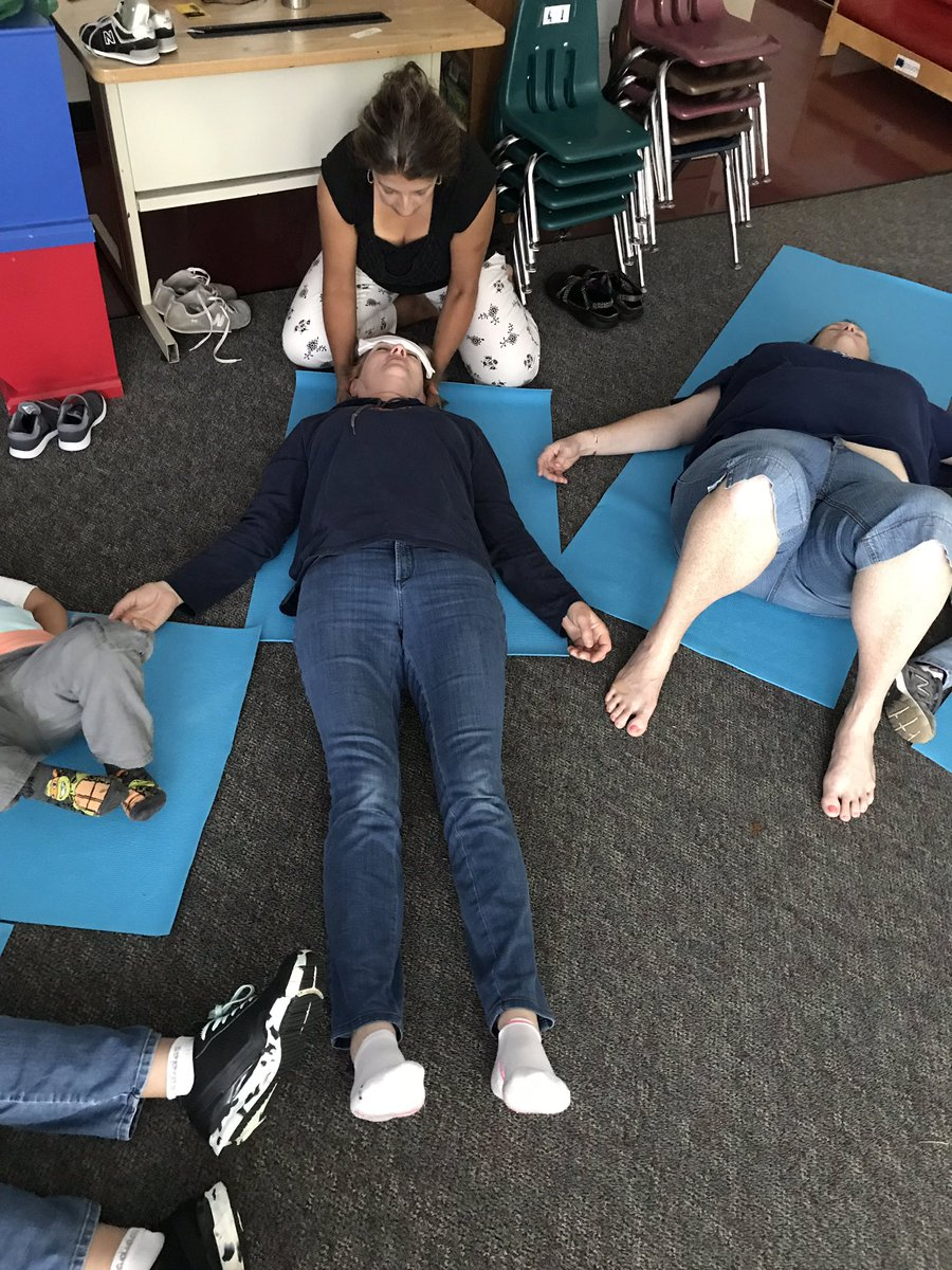 Last yoga session of the year! We loved doing yoga! 🧘♀️ <a target='_blank' href='http://search.twitter.com/search?q=KWBpride'><a target='_blank' href='https://twitter.com/hashtag/KWBpride?src=hash'>#KWBpride</a></a> <a target='_blank' href='http://twitter.com/BarrettAPS'>@BarrettAPS</a> <a target='_blank' href='http://twitter.com/APSVirginia'>@APSVirginia</a> <a target='_blank' href='http://twitter.com/APS_EarlyChild'>@APS_EarlyChild</a> <a target='_blank' href='https://t.co/dSJVDbQvV3'>https://t.co/dSJVDbQvV3</a>