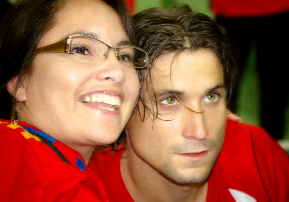 Surrounded by red, white and blue, I've never screamed louder during #tennis match. After @DavidFerrer87 victory over Roddick — in straight sets — the rest of @ErwinCenter went silent. Whole event was a dream come true. And still to this day, I never want to wake up. #DavisCup 🇪🇸