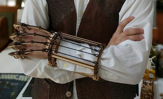 #steampunk https://t.co/E8HNSiebSj Mechanical Glove, mechanical wooden model for self-assembling, kit, steampunk, scale model. by TimeForMachine