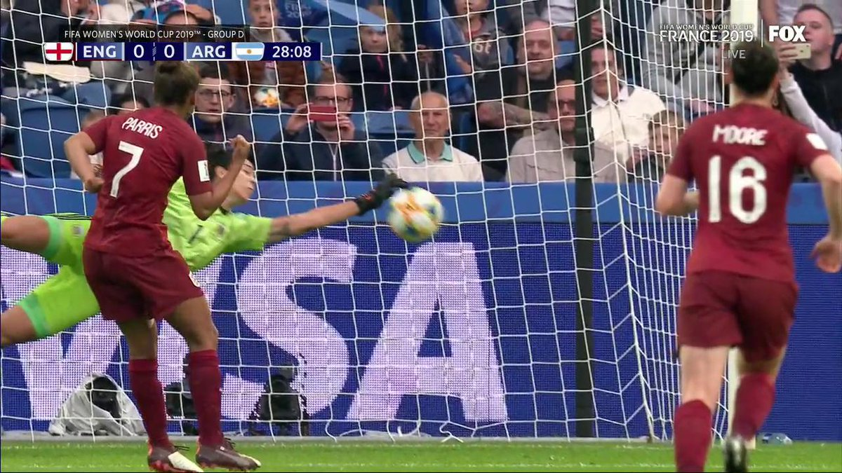 WHAT A SAVE BY CORREA! 🖐  Her save for Argentina hands England their first-ever penalty miss in the #FIFAWWC