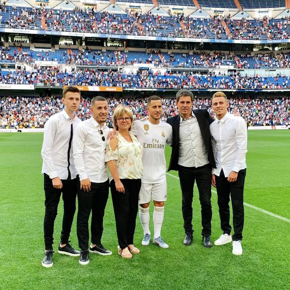 . @hazardeden10 And Family. Welcome To @realmadrid #HalaMadrid #FIFA19 #PES2019 #FIFA20 #RealMadrid #ChelseaFC #Chelsea #Spain