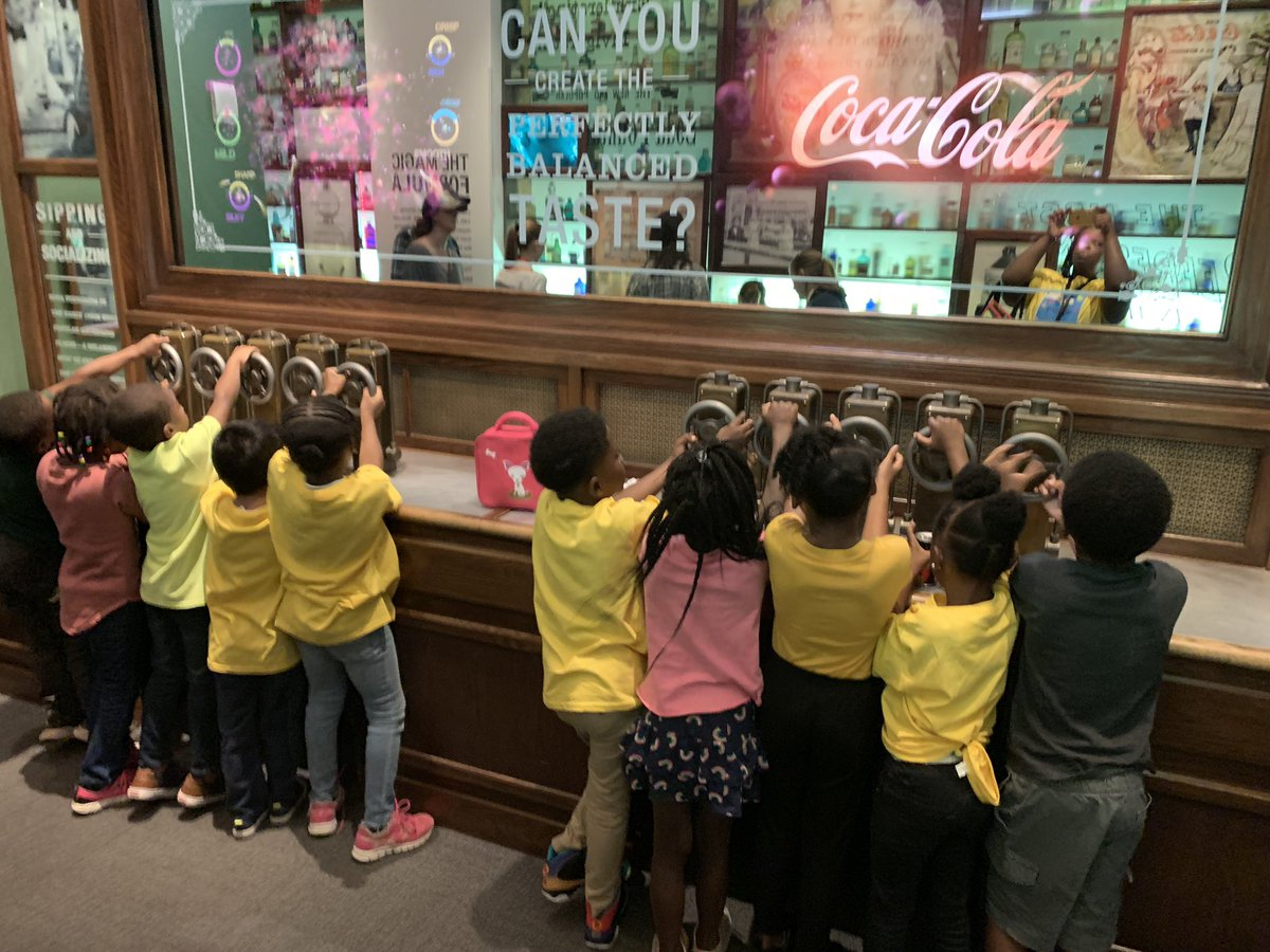 #aMaySingAdventures #PowerupAPS #1stGrade Field trip to the World of Coca-Cola!!!! @apsupdate @KMilesAPS<br>http://pic.twitter.com/fW56JZvIDW