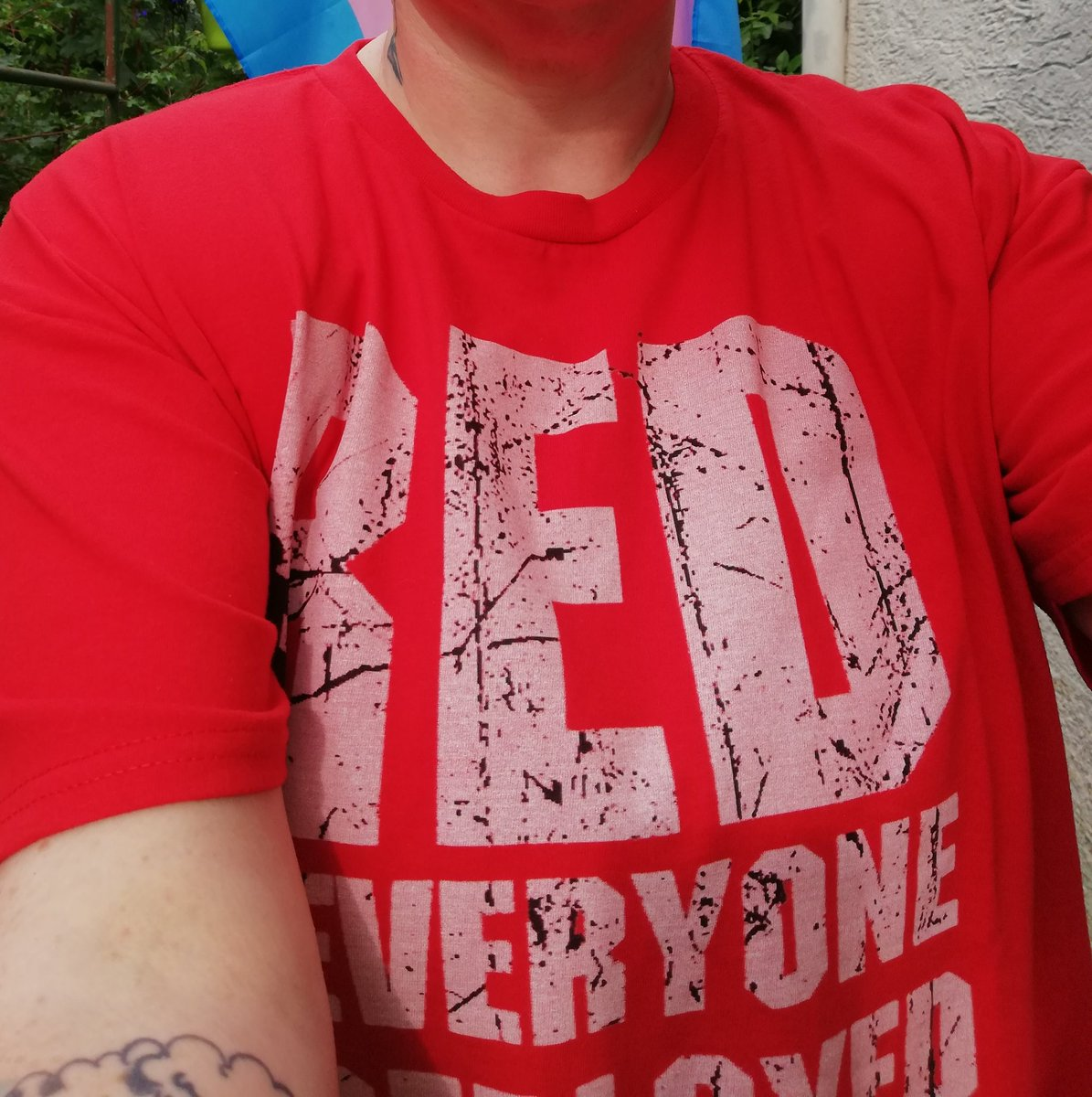 and it's another #REDFRIDAY   R.emember  E.veryone  D.eployed until they all come home <br>http://pic.twitter.com/20uPyr2Zew