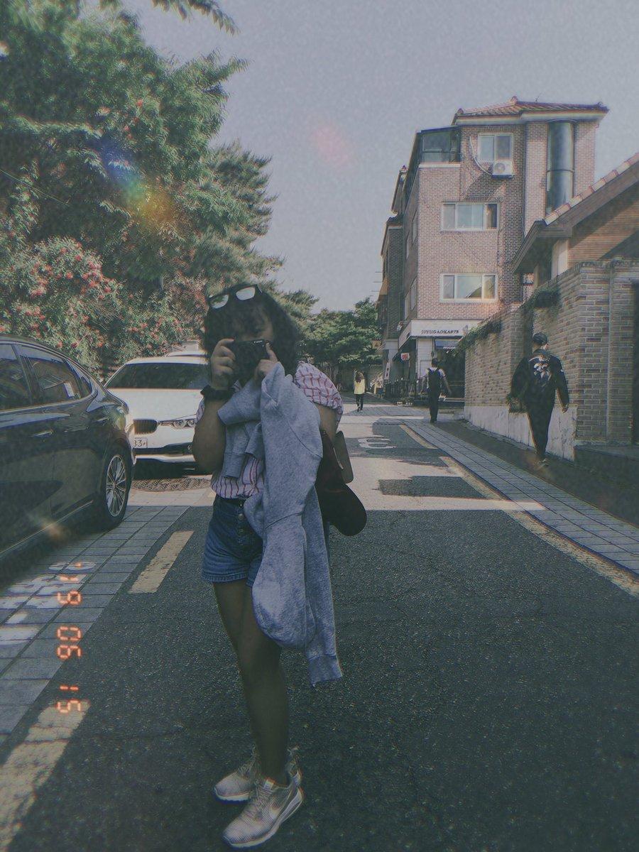 Hanbinnie, I take this photo because of you.  #7OGETHEREWITHiKON #iKONICSelcaDay<br>http://pic.twitter.com/btD4r483wq