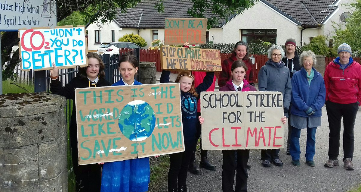 Week 22 of my #schoolstrike4climate in Fort William. The British government has agreed to a target of net 0 emissions by 2050 and while this is not nearly ambitious enough, it is a start. A small achievement and proof that direct action works. #FridaysForFuture @GretaThunberg