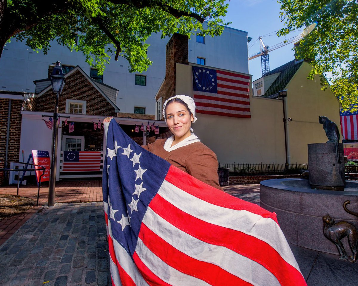 Fun doesn't stop at the #PhillyLanternFest  Happy Flag Day to our friends at the Betsy Ross House! Make sure to stop by at the Flag Fest at the birthplace of the American flag!   http:// historicphiladelphia.org/flagfest      . . . . . . #historicphiladelphia #betsyrosshouse #flagfest #oldcity<br>http://pic.twitter.com/lIS4nlclho