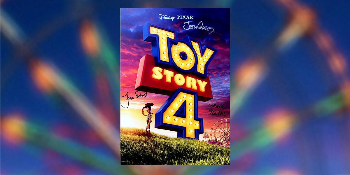 RT pour tenter de remporter cette affiche de #ToyStory4 signée par Josh Cooley, Jonas Rivera et Mark Nielsen ! #AnnecyFestival