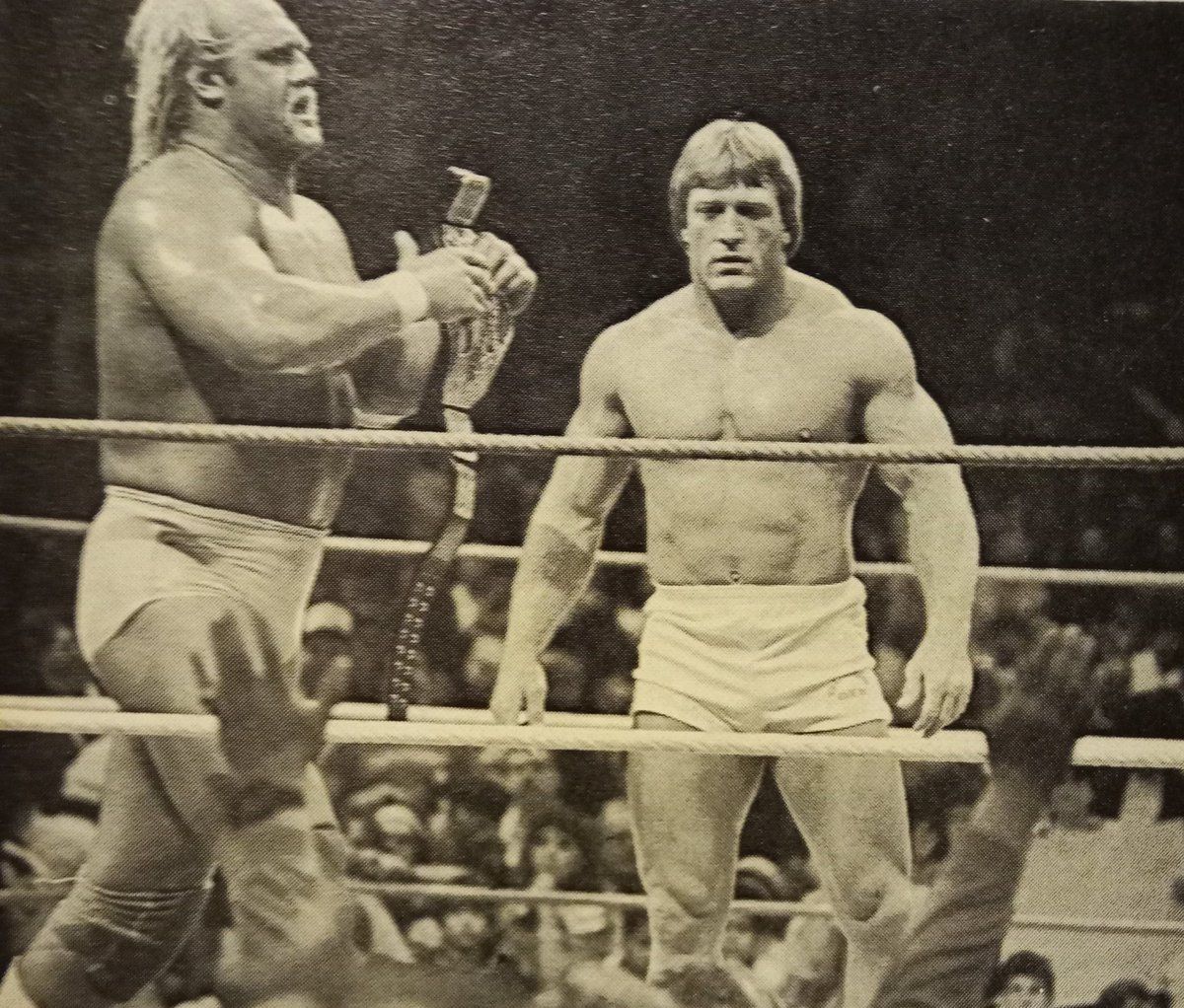 By this point in 1986,Mr.Wonderful was already fed up with Hulk Hogan's bullshit.when Paul Orndorff  finally did turn on The Hulkster,you saw it coming a mile away,but it was still all so well done and personally,I enjoyed the hell out of it!.👍😊