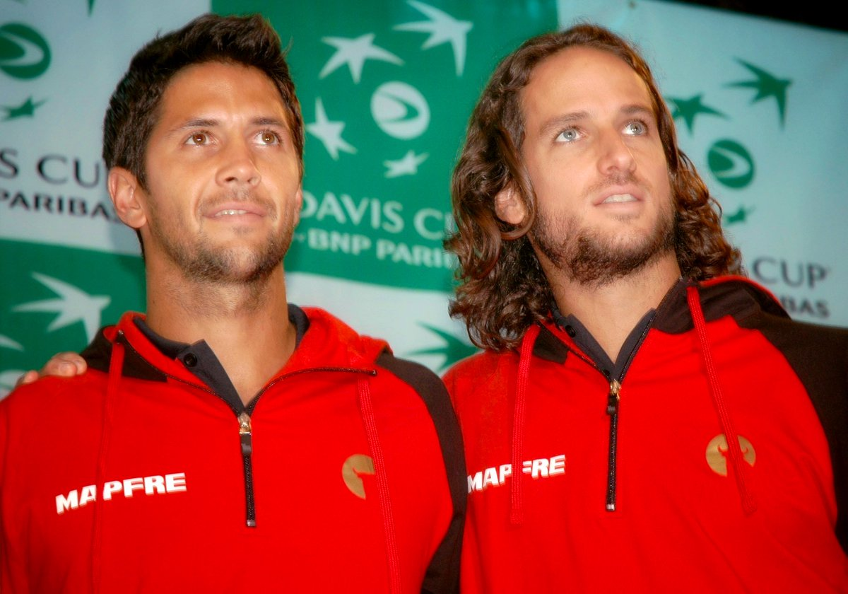 Dynamic duo @FerVerdasco and @feliciano_lopez #DavisCup 🇪🇸