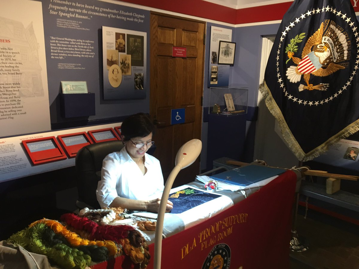 Did you know that presidential flags have been handmade exclusively in #Philadelphia for more than 150 years?  Artisans from @DLAMIL are showing off their flag embroidery skills in honor of #FlagDay! @BetsyRossHouse <br>http://pic.twitter.com/glnvZLUDXp