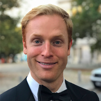 """Does this look like the face of a guy who claimed his comedy special tonight will be the greatest piece of Barstool content since this morning's @pardonmytake?  """"Francis Ellis: Bad Guy."""" 7 p.m. ET. http://barstoolgold.com/francis"""