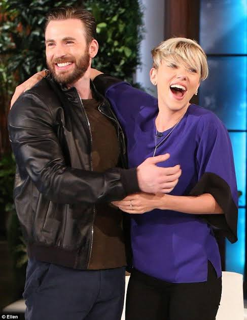 Happy Birthday to this guy! was yerterday but the love is forever !!! we love you @ChrisEvans #HappyBirthdayChrisEvans