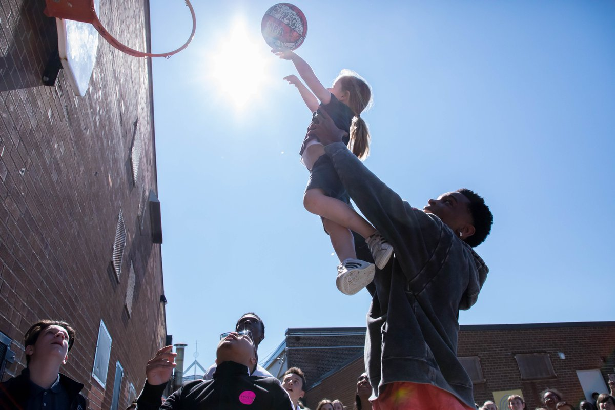 From the blacktop to the hardwood, @shaiglalex remembers his roots. Staff and students at Regina Mundi welcomed back the former student and current @LAClippers point guard for a game of pick-up basketball. #NBA