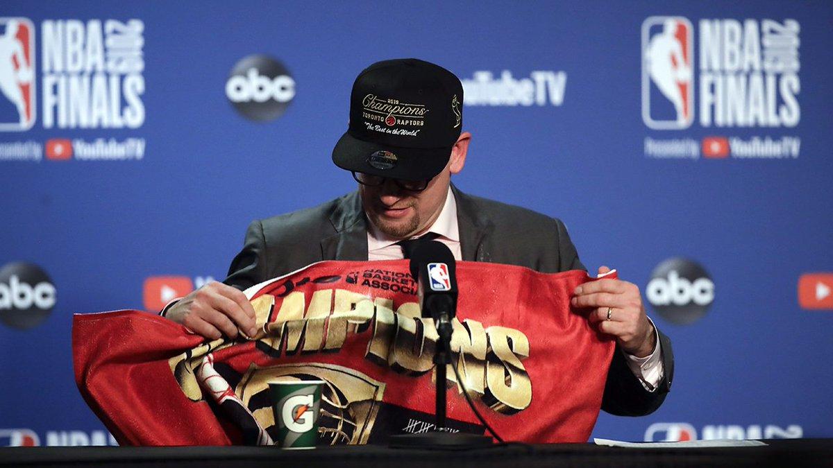 #Raptors Nick Nurse becomes the 3rd rookie head coach since 1983 to win an NBA Championship (Kerr, Lue). #WeTheNorth