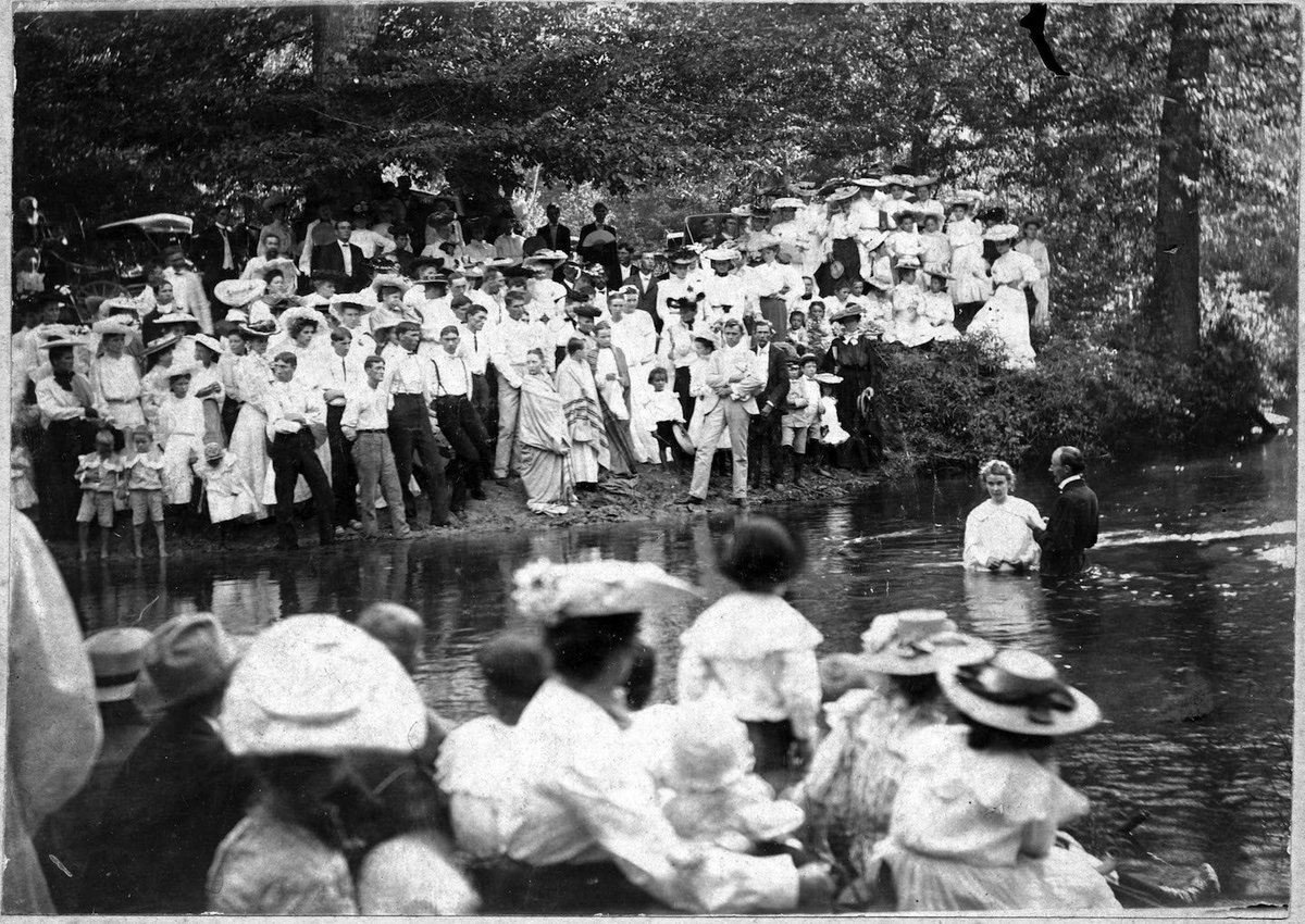 Kentwood Community Center has something really special in store for everyone at the Tangipahoa 150 celebration tonight and tomorrow. See this 1910s baptism and dozens more moments from the town's early 20th century history. #kentwoodlouisiana #photography #tangi150pic.twitter.com/926zyLFKjp