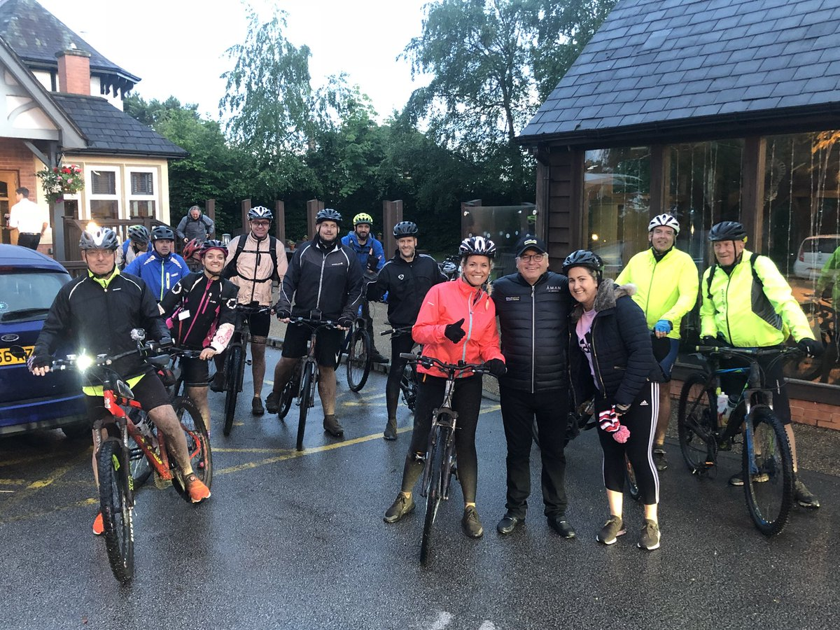 🚴♂️ Last stretch - 11 miles to go to Adamson House as our riders depart on the final stretch. Amazing work guys! #TeamMorson