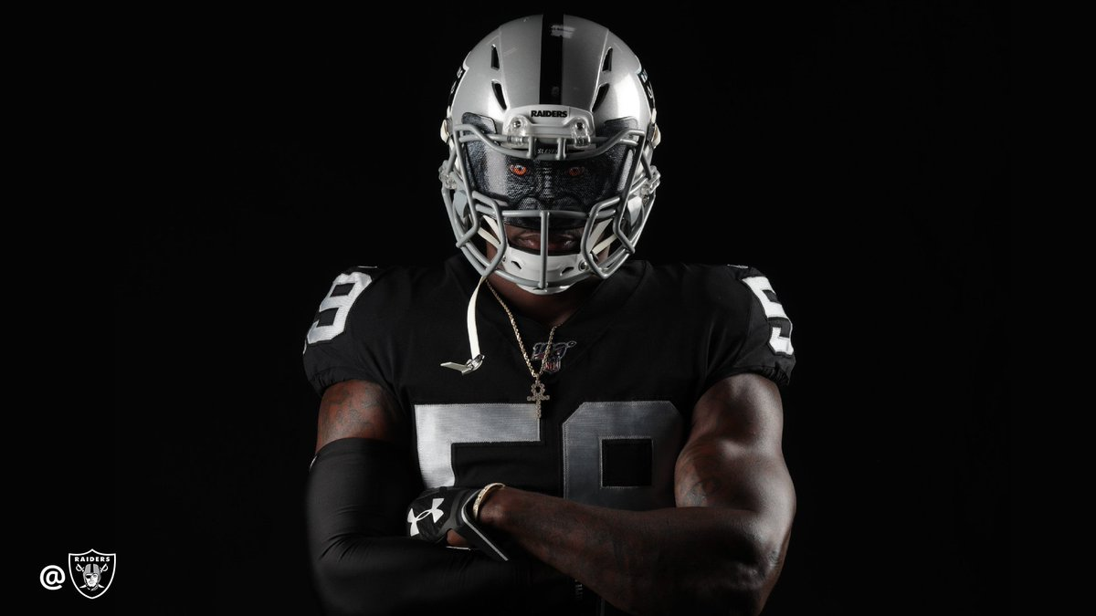 —𝗢𝗙𝗙𝗜𝗖𝗜𝗔𝗟 𝗣𝗘𝗧𝗜𝗧𝗜𝗢𝗡 —   𝗧𝗢: @nflcommish 𝗙𝗥𝗢𝗠: #RaiderNation  Please let @Big_Tah47 wear this in a game.  Thank you.<br>http://pic.twitter.com/iErcJlIUmc