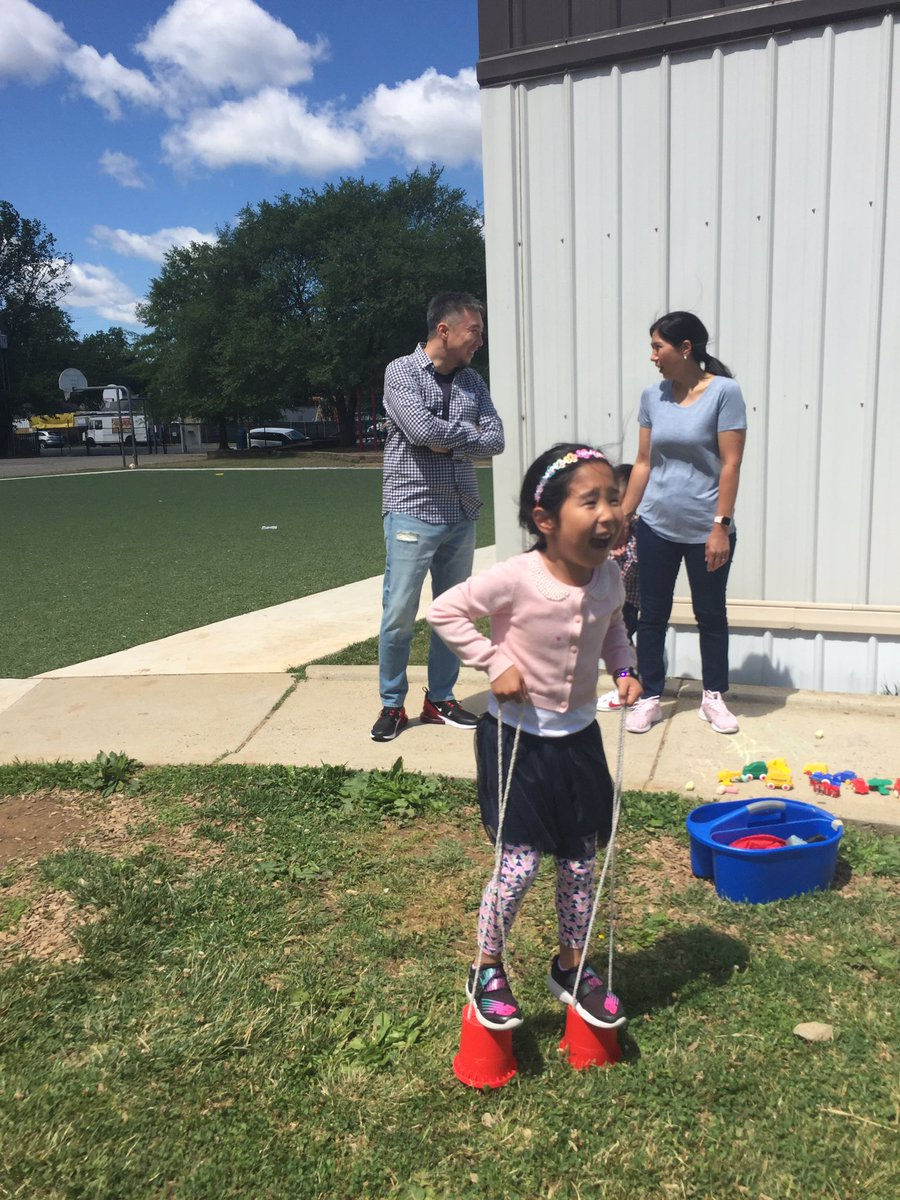 Picnicking with our families! <a target='_blank' href='http://search.twitter.com/search?q=kwbpride'><a target='_blank' href='https://twitter.com/hashtag/kwbpride?src=hash'>#kwbpride</a></a> <a target='_blank' href='https://t.co/TGLINodO4K'>https://t.co/TGLINodO4K</a>
