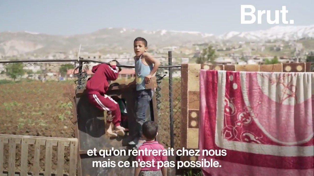 Au Liban, 1 habitant sur 4 est un réfugié. Et près de 1,5 millions de Syriens qui ont fui la guerre sont réfugiés dans le pays. Brut est parti sur place avec @CyrusNorth à l'Est du Liban, près de la frontière syrienne : 👉youtu.be/RF5FuM6e_7U